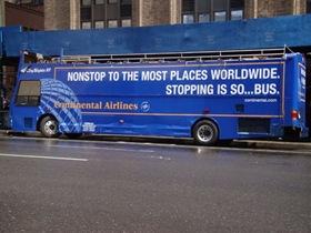 city sights bus van de zijkant