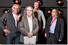 4-12-2014 40 jaar WV gastenboekfotos (20) Rob Telgenkamp en  Frank Satink (Ev'Hands-Dauwpop-Metropool) et moi