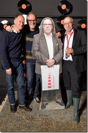 4-12-2014 40 jaar WV gastenboekfotos (66) Paul van Meelis, Carlos van Hijfte en Ben Giezenaar (allen vroegtijdige pensionado's met werkzaamheden)