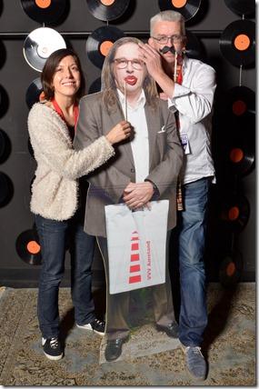 4-12-2014 40 jaar WV gastenboekfotos (71) Lieke Romeijn en Dick Te Winkel